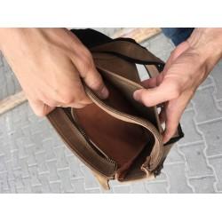 Кожаные мужские сумки на много отделов в магазине ОГОГО