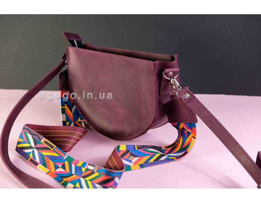 Бордовая кожаная сумочка с цветным ремнем K00005-1