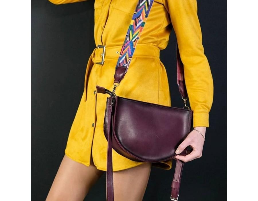 Бордовая кожаная сумка с цветным ремнем K00005-2