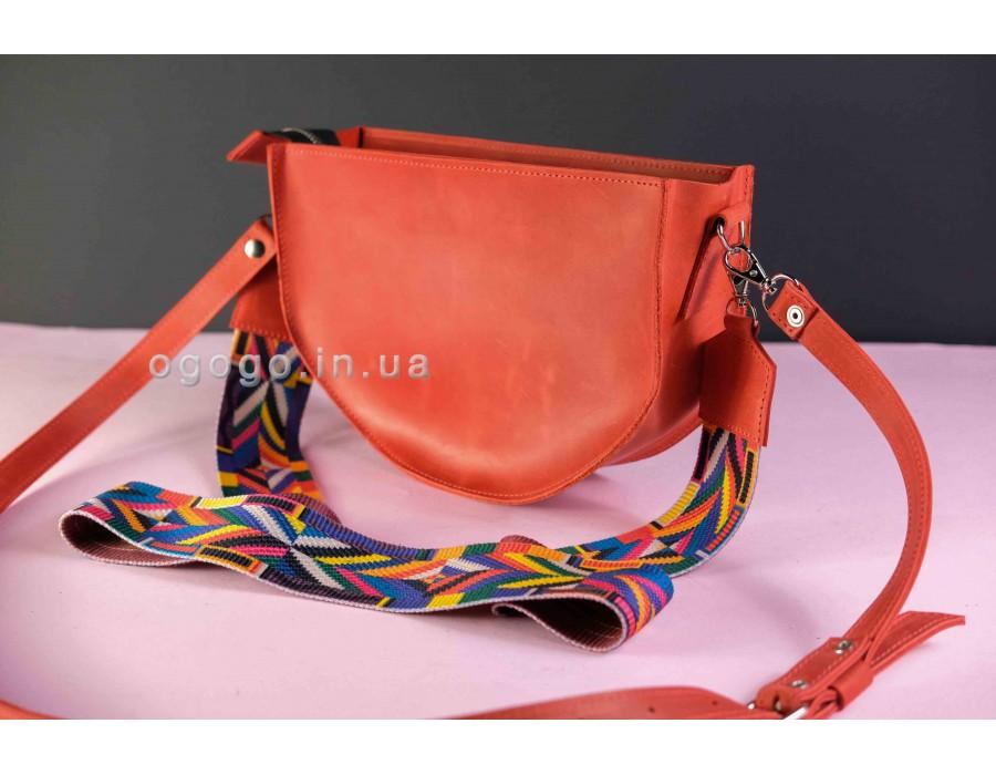 Красная кожаная сумочка с цветным ремешком K00005-7