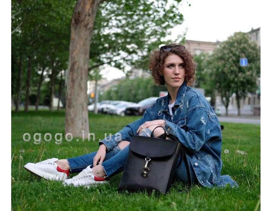 Черный кожаный рюкзак на карабине K00031-12