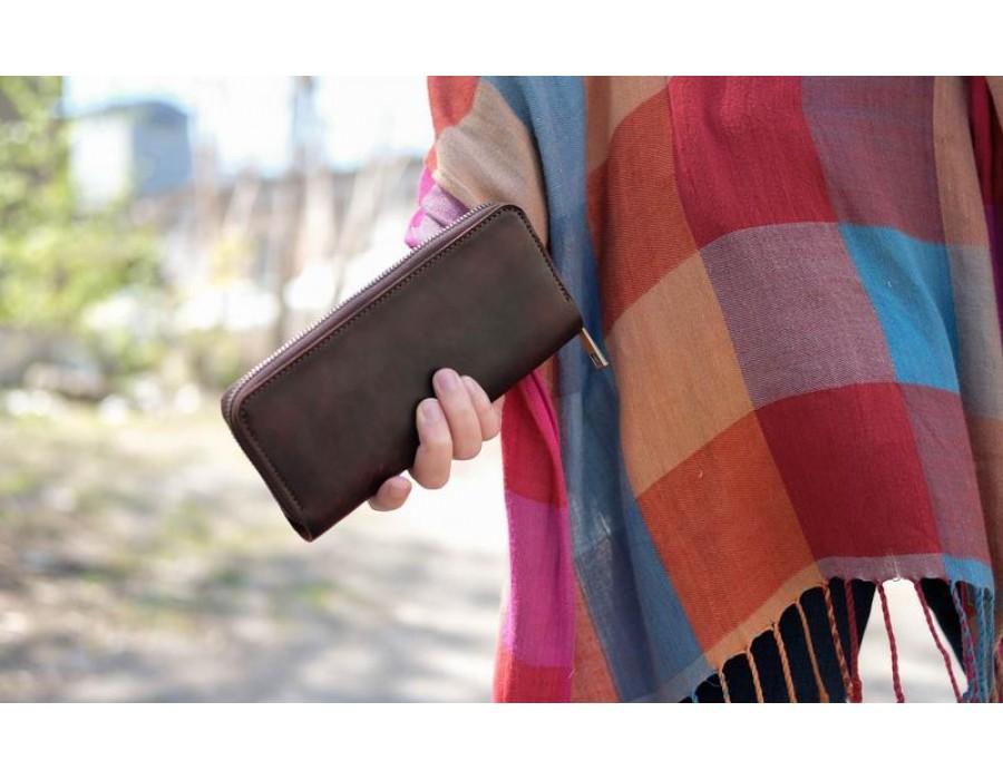 Вместительный кожаный кошелек-клатч ручной работы K00035-12