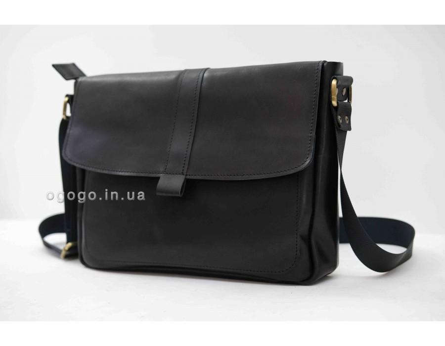 Черная горизонтальная мужская сумка кожа K00050-3